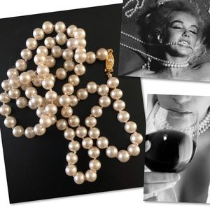 VINTAGE CHAMPAGNE FAUX PEARL JAPAN STRAND NECKLACE